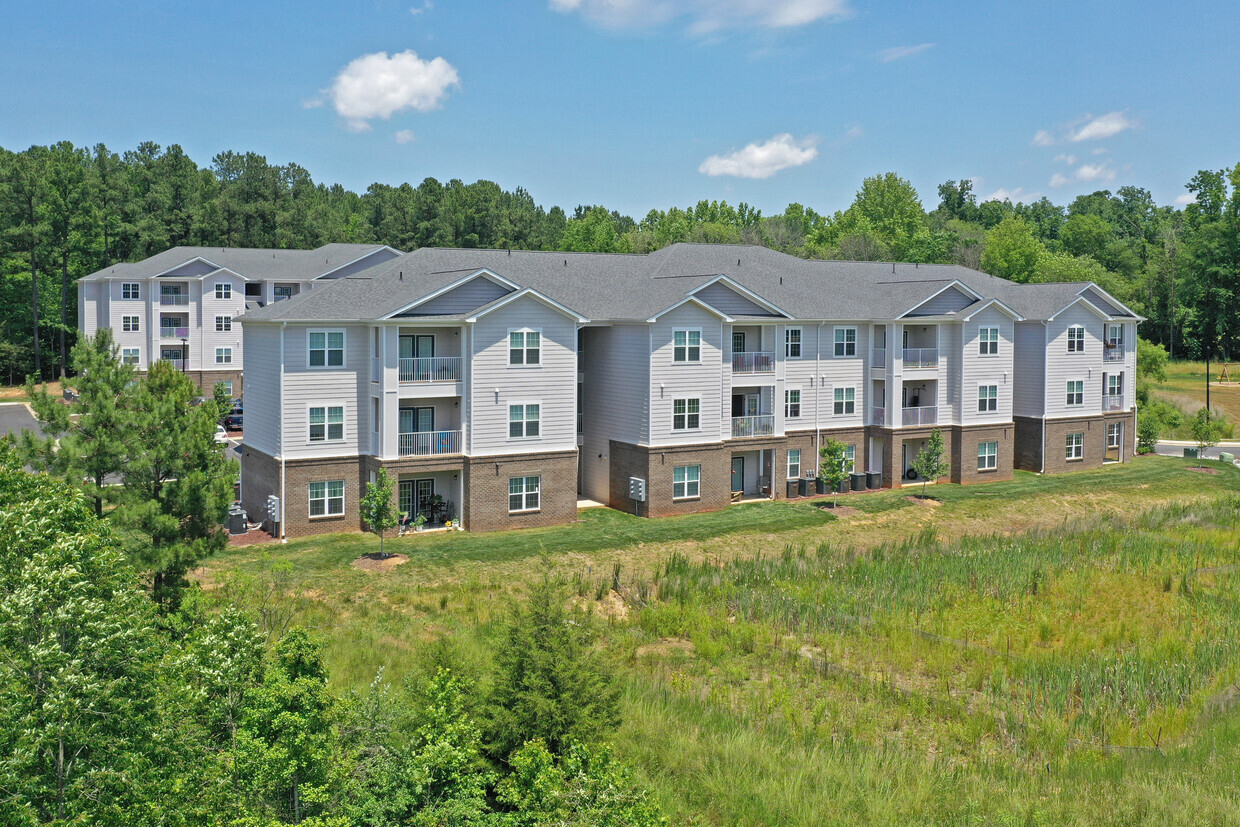 Arrowhead Apartments